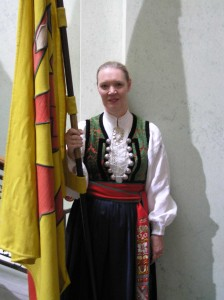 folkdrakt2