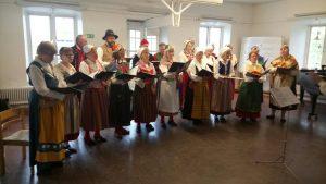 Folkpust sjunger på Skeppsholmen